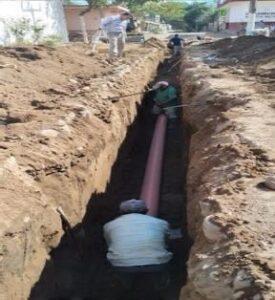 Construcción de 180 ML de drenaje sanitario y tomas domiciliarias
