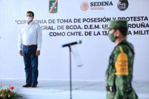 Gobernador Antonio Echeverría García, presente en el acto de posesión y toma de protesta